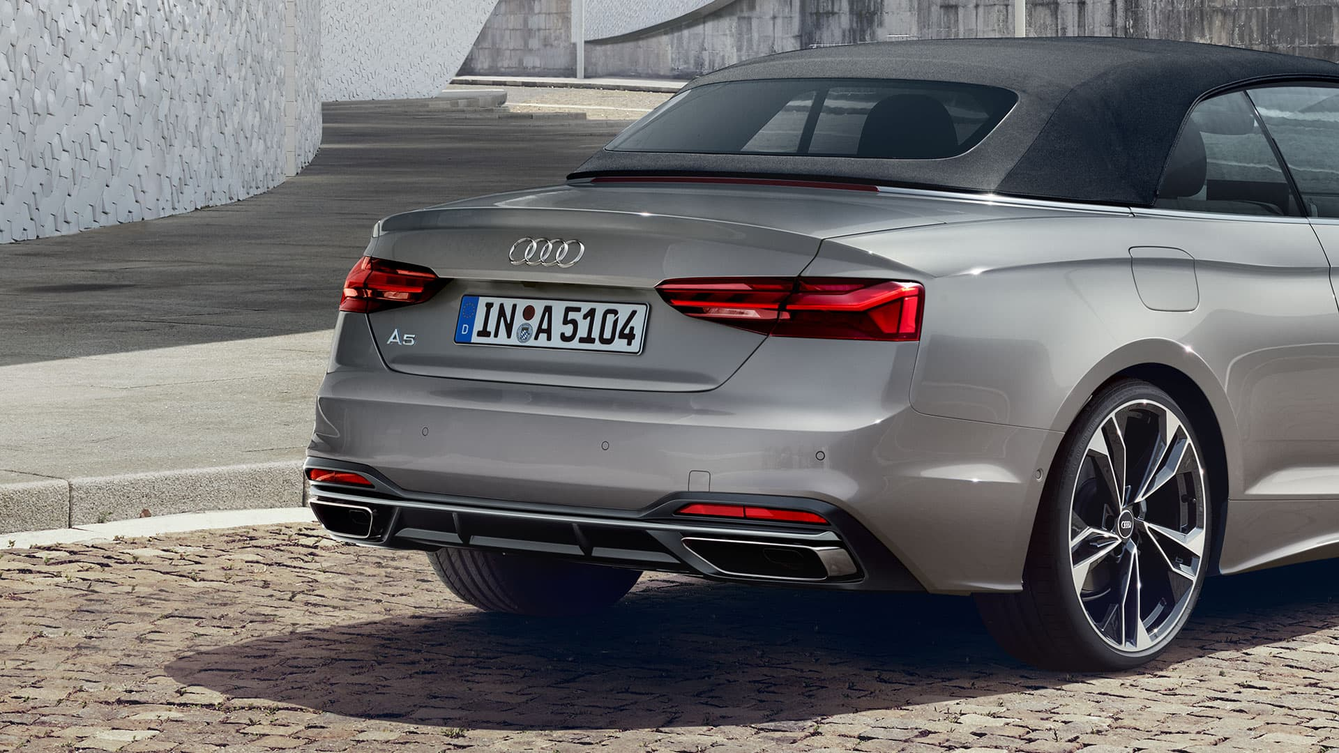 Rear view Audi A5 Cabriolet